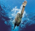 chico_nadando